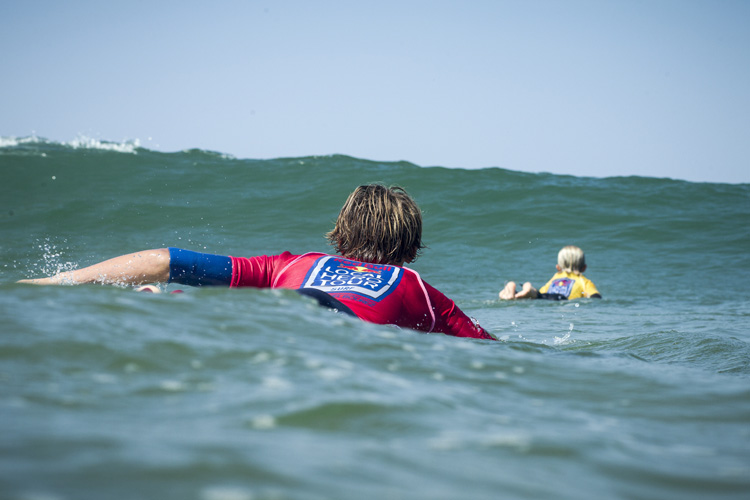 Surfer's Neck: a short-term injury that affects surfers around 40 years of age | Photo: Laurel/Red Bull