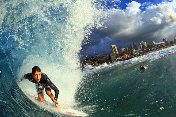 Surfing: a sport rich in terms, names, words, expresssion and slang | Photo: Quiksilver