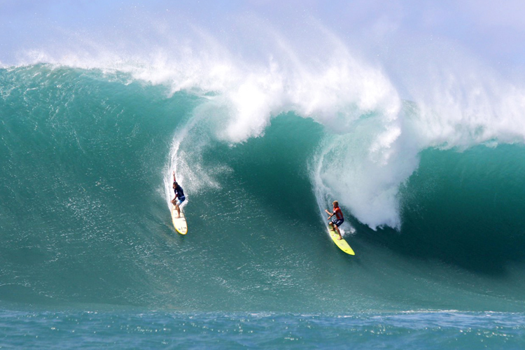 Waimea Bay: the ultimate big wave surfing arena | Photo: Noyle/WSL