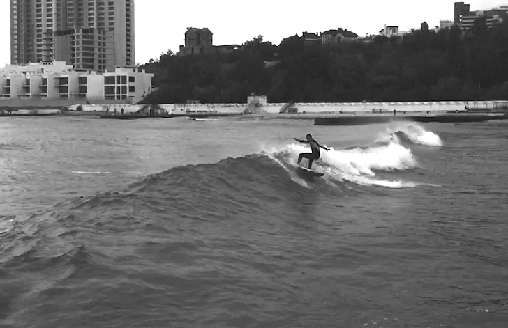 Arcadia Beach, Odesa: the capital of surfing in Ukraine