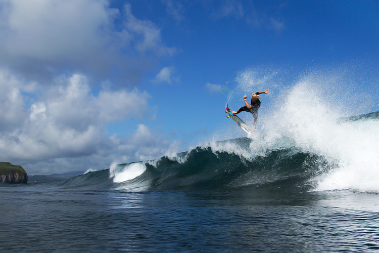 Azores: surfing capital of the Atlantic Ocean | Photo: Visit Azores