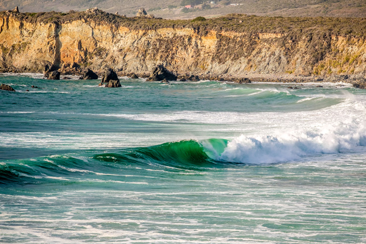 Big Sur: explore the best surf spots of the Central Coast of California | Photo: Shutterstock