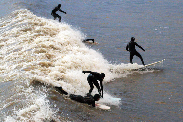 Surfing: the British love it | Photo: Hugh Lunnon/Creative Commons
