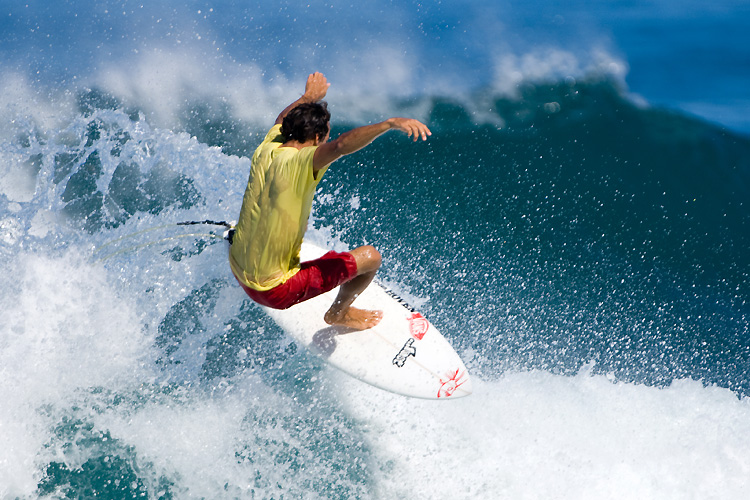 Surfing: details matter and will make you a better surfer | Photo: Shutterstock