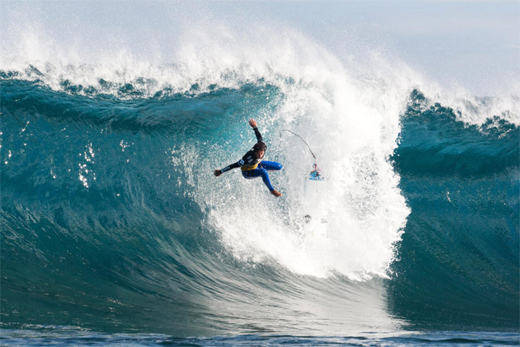 Wipeouts: one of the most common ways of dislocating a shoulder | Photo: Cestari/WSL