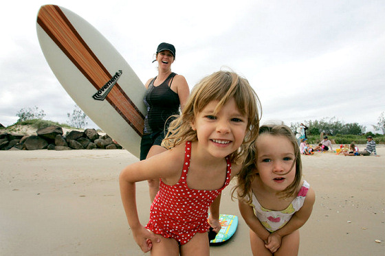 Surfing Mums: kids want to go surfing, too