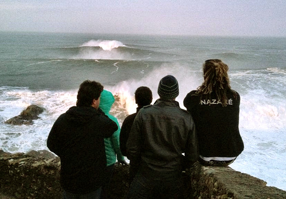 Nazaré: picking the best spot in the surf arena