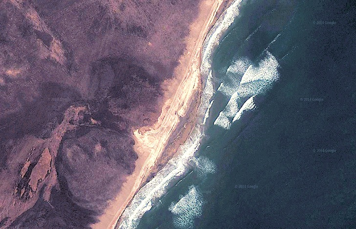 North Korea: plenty of surf near river mouths