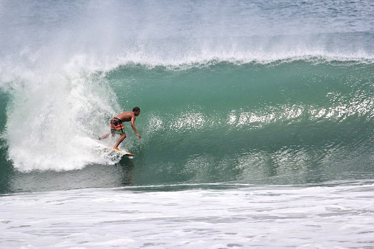 The invisible surf gems of El Salvador