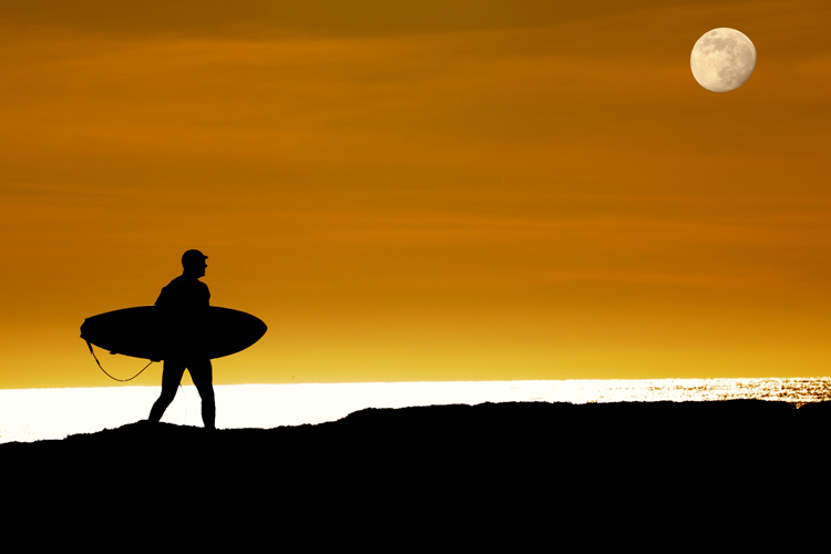 Surf photography: study the light, capture the essence of surfing | Photo: Shutterstock