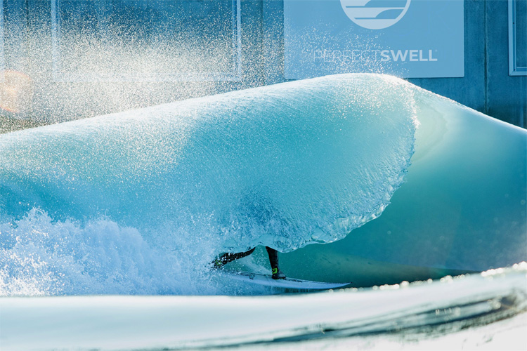 Artificial waves: it is harder to float in fresh water | Photo: Wavegarden