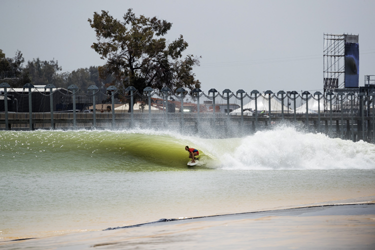 Surf Ranch: is the wave pool really 100 percent powered by solar energy? | Photo: WSL