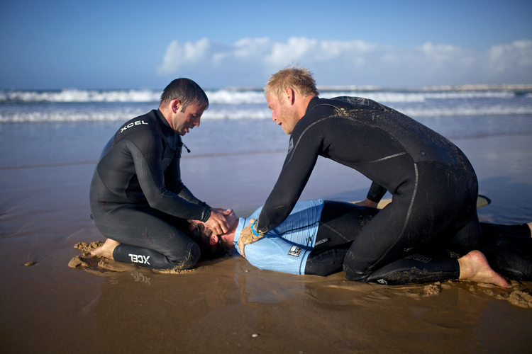 Surf resuscitation: training can save lives | Photo: EASD