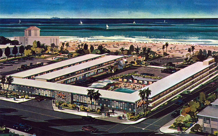 Surf Rider Inn: the hotel that gave name to Surfrider Foundation | Postcard: The Cardboard America Archives