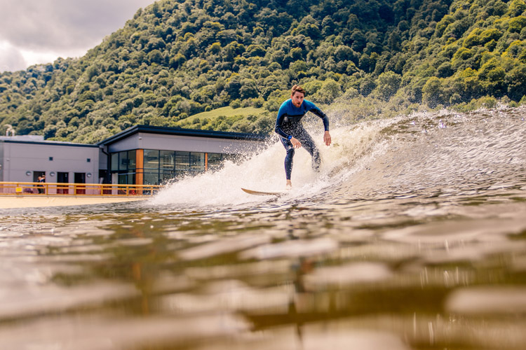 Surf Snowdonia: the swell is guaranteed | Photo: Surf Snowdonia