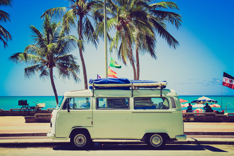 Surf van: embark on the surf trip of a lifetime | Photo: Caroline Gutman/Creative Commons