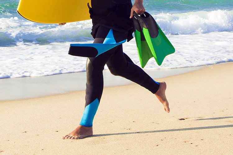 How to prevent swim fins from giving you foot friction blisters