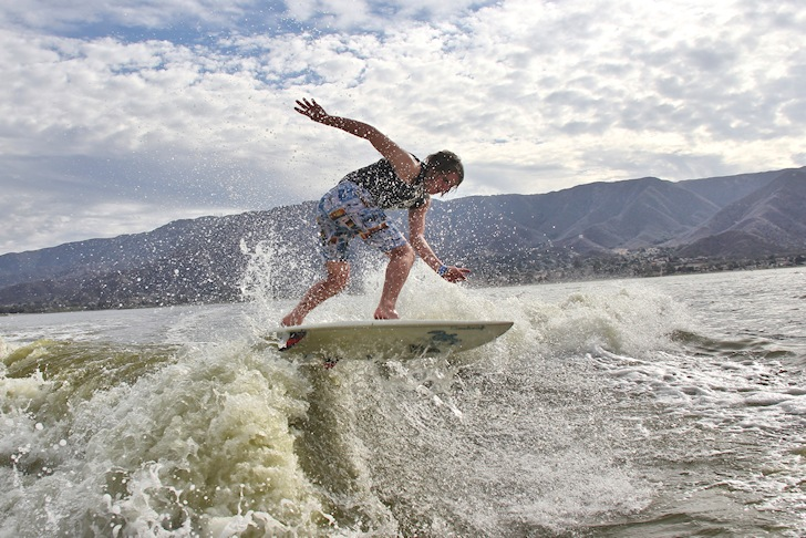Synthetic Swell: a wakesurfing extravaganza | Photo: Wake9.com