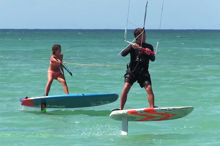 Tandem kite and SUP foiling: that's an effortless ride