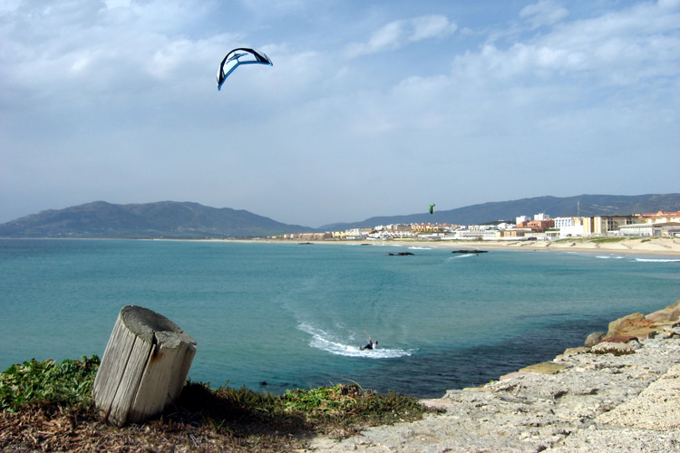 Tarifa: many areas of flat and windy water for kitesurfing enthusiasts |  Photo: Juricek / Creative Commons