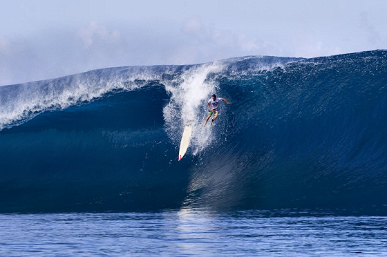 Teahupoo: mistakes end up over the falls