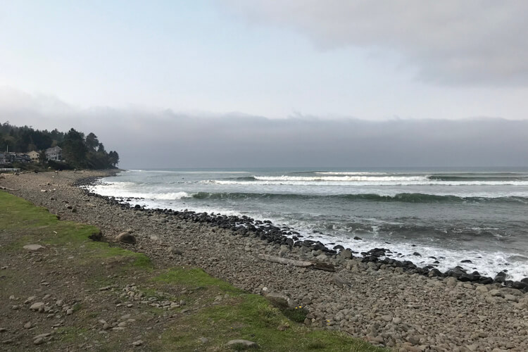 The Cove: one of the most popular and crowded surf spots in Oregon | Photo: Steve Brown