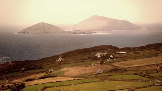 The Crest: surfing in the mysterious Blasket Islands