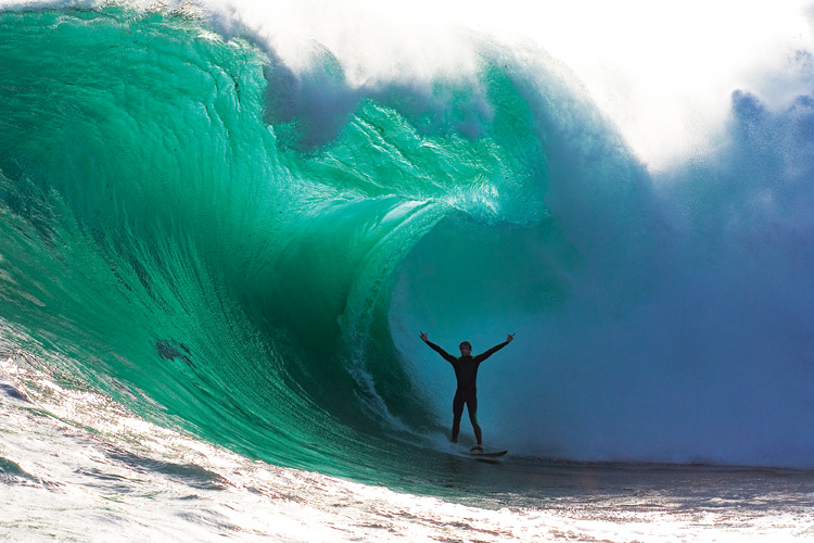 The Finest Line: Mikey Brennan salutes Shipstern Bluff | Photo: Stu Gibson