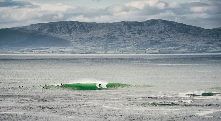 The Peak: Bundoran's finest surf spot | Photo: Europe Surfing