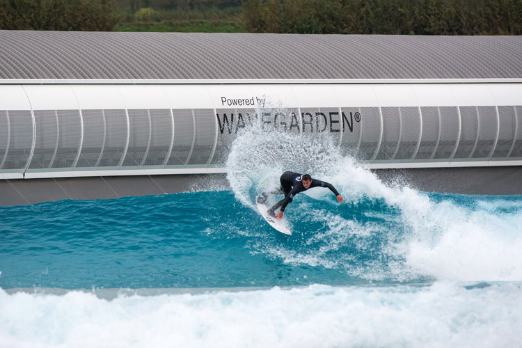 The Wave: Bristol: this surf lagoon produces 1,000 waves per hour | Photo: Wavegarden
