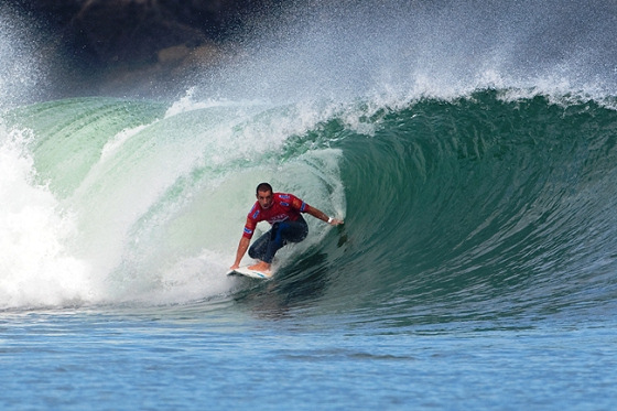 Tiago Pires: with Quiksilver until 40