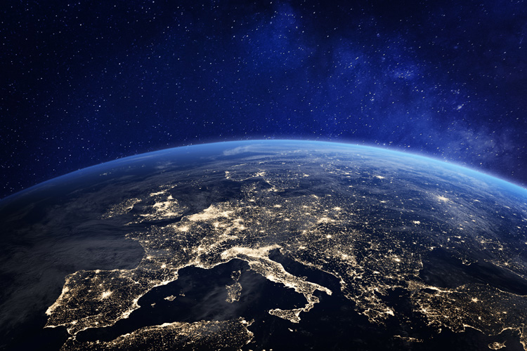 Time zones: defined by their offset from Coordinated Universal Time (UTC) | Photo: Shutterstock