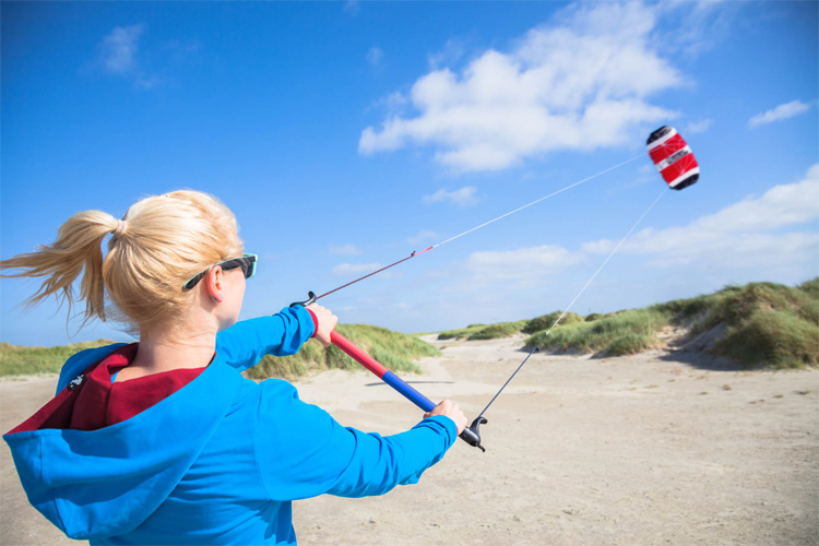 Trainer kites: learn to fly a kite fast and easy | Photo: HQ Kites