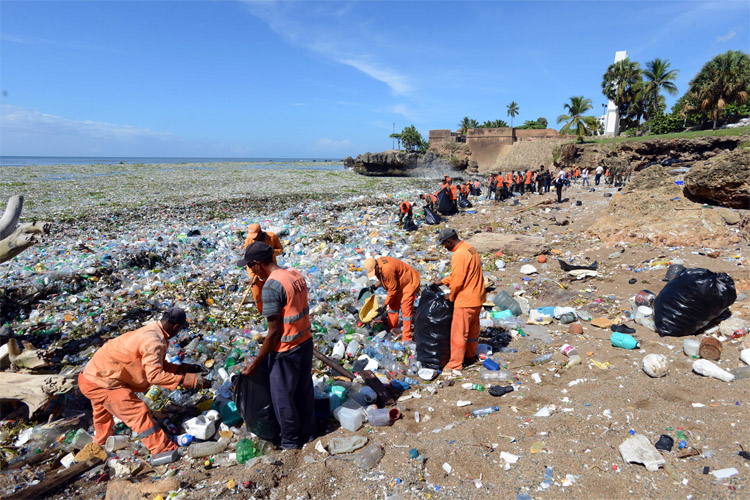 Waves of Garbage Are Covering the Dominican Republic's Beaches in Trash