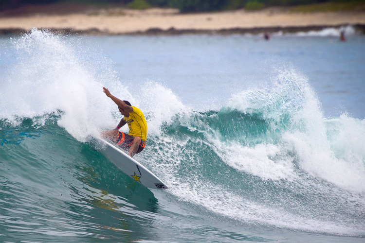 Sunny Garcia: he has six Triple Crown of Surfing titles under his belt | Photo: Masurel/WSL