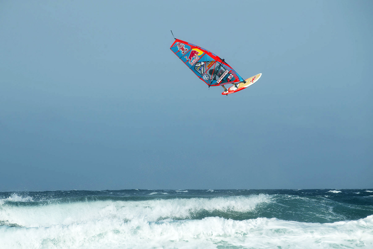 Philip Köster: triple forward attempt | Photo: Carter/PWA