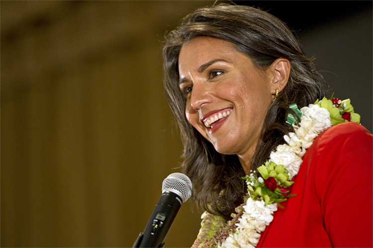 Tulsi Gabbard: the Hawaiian surfer is running for president in 2020 | Photo: Holzworth/Creative Commons