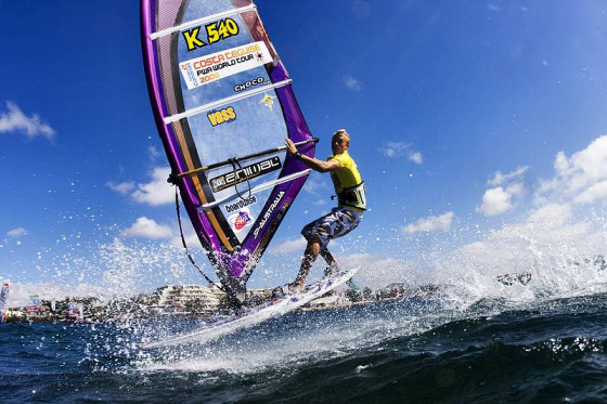UK Freestyle Windsurfing: the weather is as good as the trick