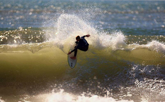 Glen Hall wins The Saltrock Open to debut the 2009 UK Pro Surf Tour | Photo: Jason Feast