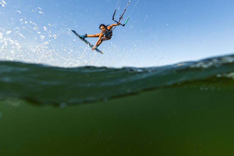 Kiteboarding: an expensive water sport | Photo: Red Bull