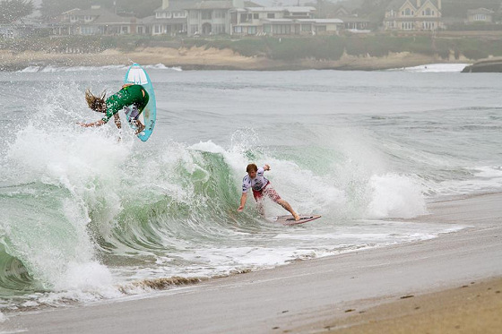 United Skim Tour: skimming action