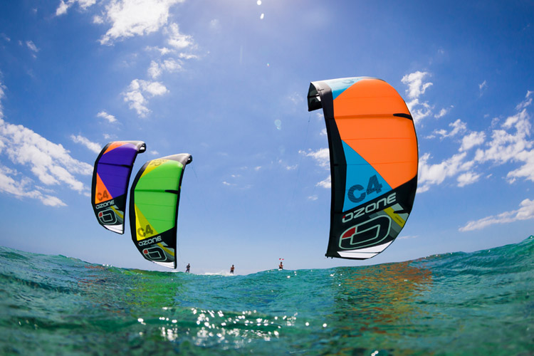 Kiteboarding: going upwind is unlocking the freedom formula | Photo: Ozone
