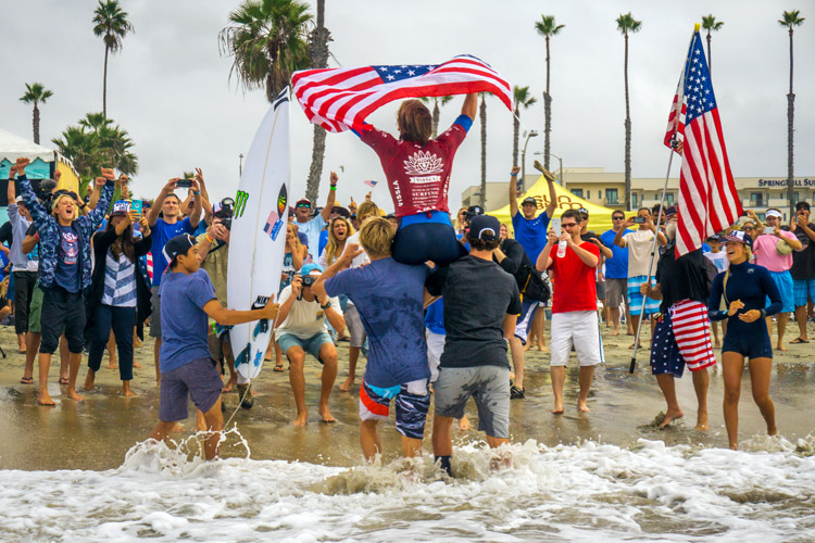 Stevie Pittman: celebrating gold at Oceanside | Photo: Evans/ISA