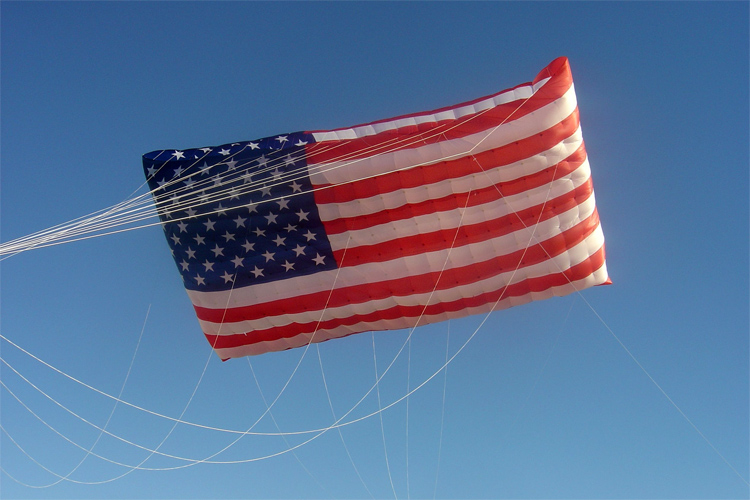 The US Flag: a kite built for David Gomberg