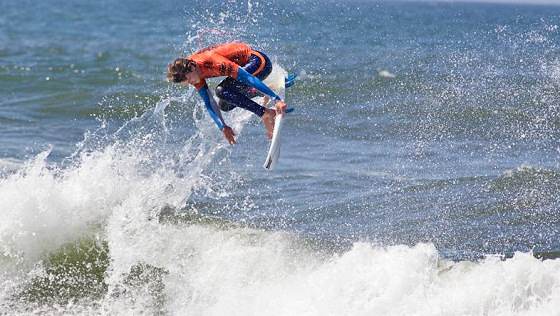 2011 US Open of Surfing: small surf, big aerials