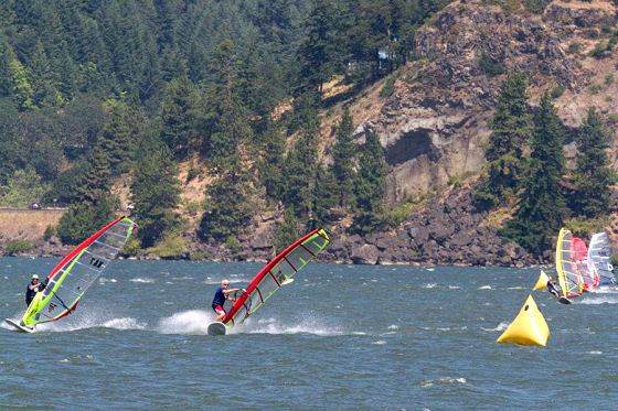 2012 US Windsurfing Nationals: perfect wind conditions in Hood River