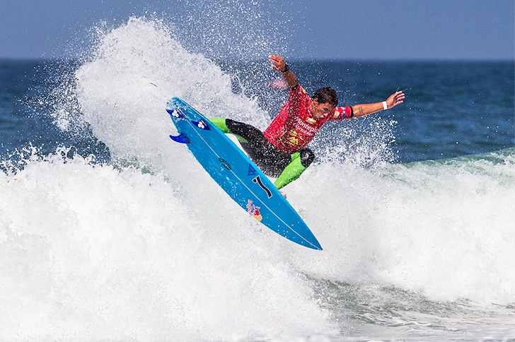 Vasco Ribeiro: three national surfing titles at 19 | Photo: Pedro Lopes/Moche