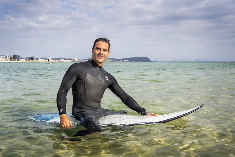 Vini Simas: the Bond University Ph.D. graduate and teaching fellow concluded surfing is associated with bone health | Photo: Bond University