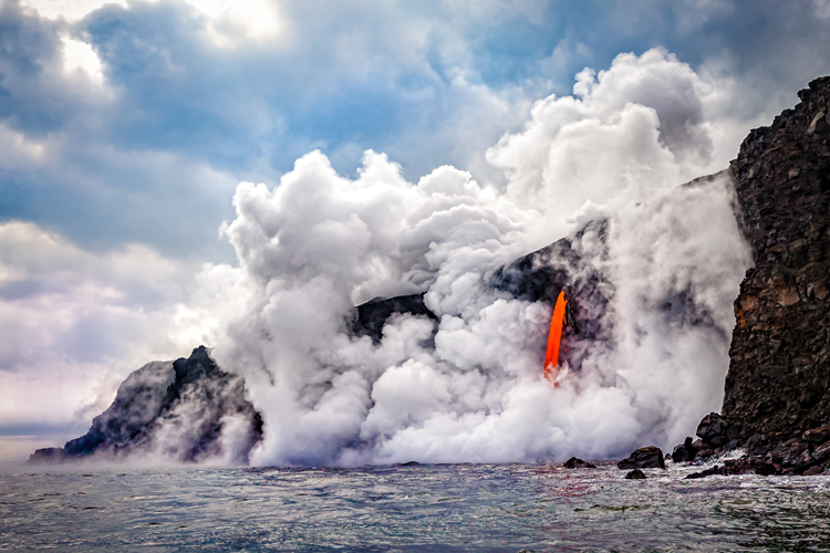 Volcanic euruptions: they can also trigger lightning events | Photo: Shutterstock
