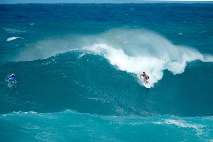 ca0a18cca6 Powerful waves open the 2014 Vans World Cup of Surfing
